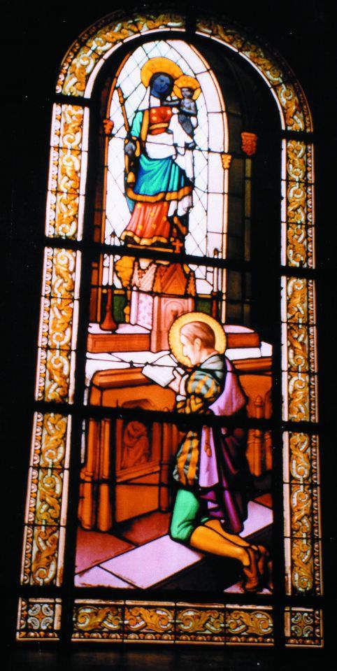 François de Sales priant la Vierge Noire de Paris où il sera délivré de ses angoisses (vitrail de la chapelle des sœurs de Saint-Thomas-de-Villeneuve, Neuilly-sur-Seine)