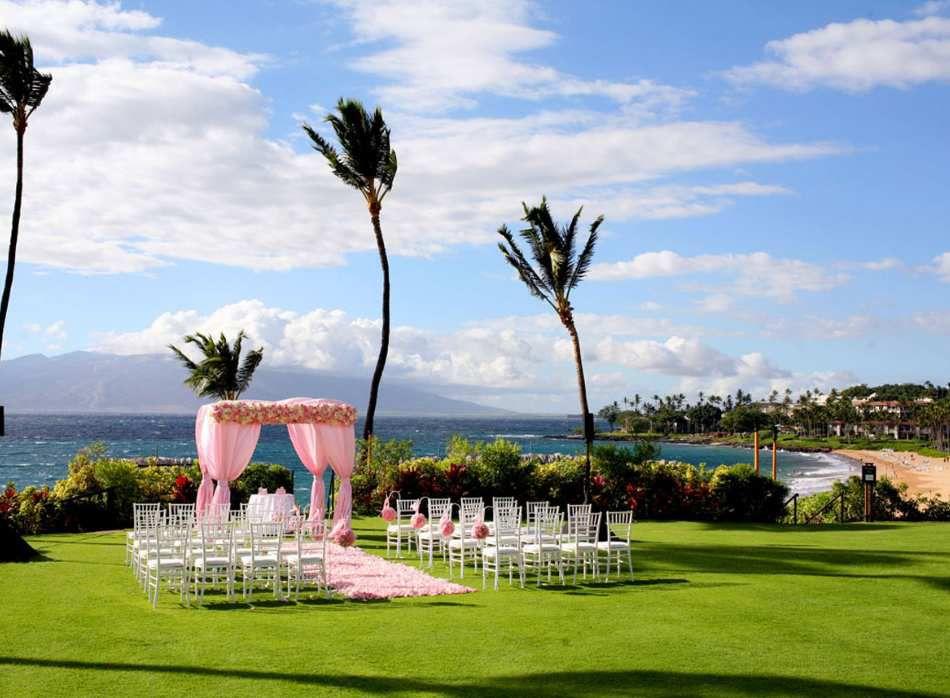Une décoration de mariage à l'américaine rose pastel