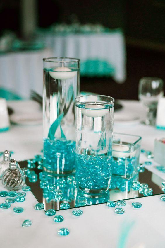 Des centres de table originaux et faciles  à faire avec bougies flottantes