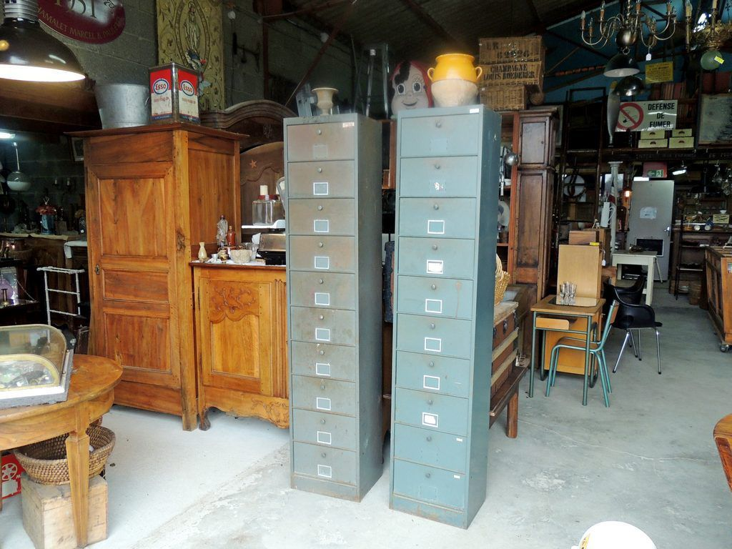 mobilier indus brocante thamalet