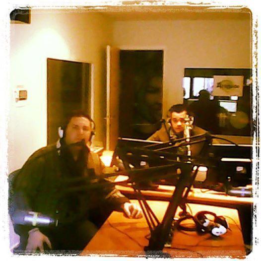 Yann (présentateur Cultur Mag) et votre voyant Nicolas Duquerroy dans le Studio Attitude FM