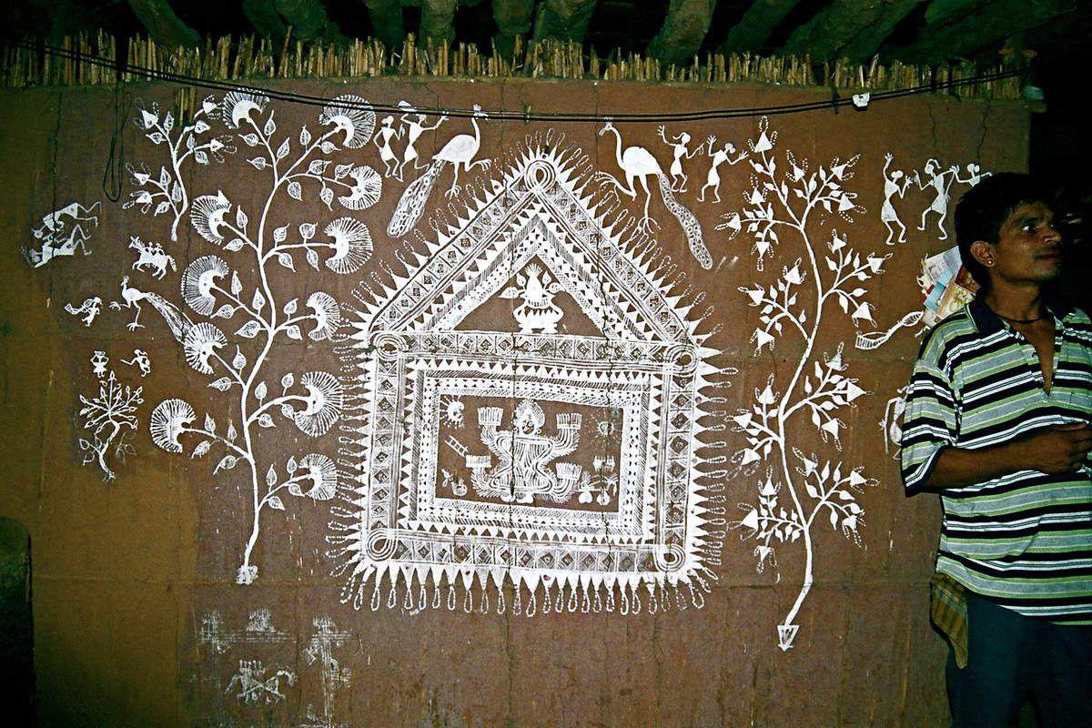 Pas de mariage chez les Warli, sans une fresque de la déesse Palghat !