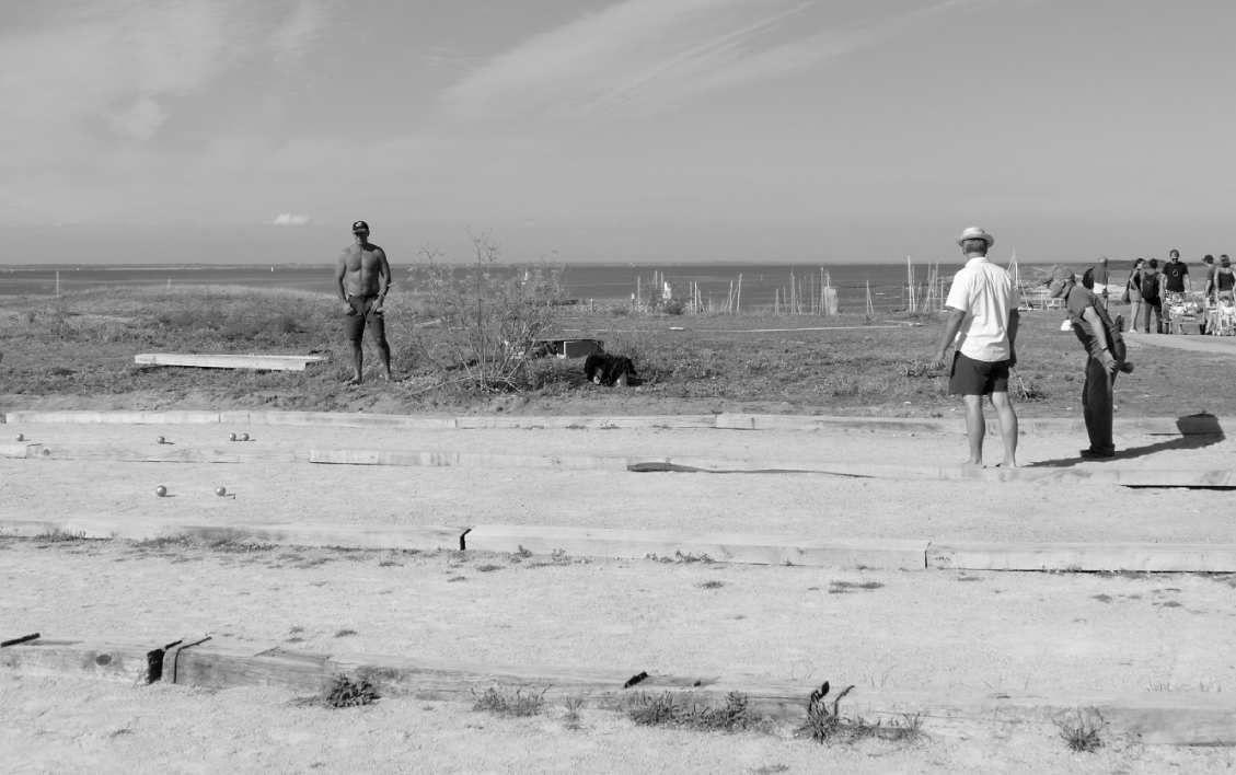 Concours de pétanque, Île d' Hoedic, 6 août 2015, photo lavieb-aile.