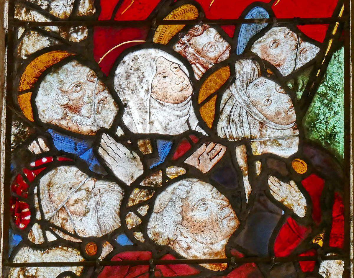 L'Ascension (détail), in Vitrail de l'Ascension et de la Pentecôte, Chapelle Sainte-Barbe, Le Faouët, photographie lavieb-aile.