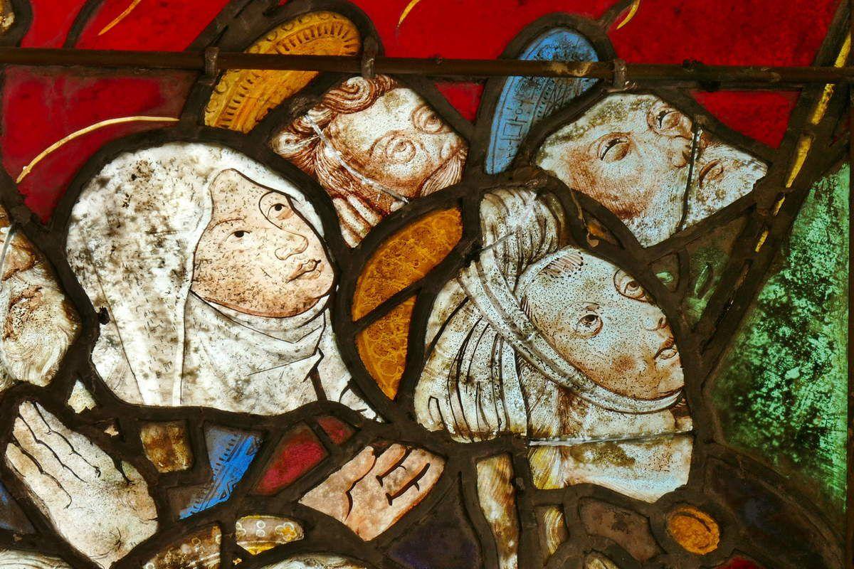 la Vierge Marie et  sainte Marie-Madeleine, L'Ascension (détail), in Vitrail de l'Ascension et de la Pentecôte, Chapelle Sainte-Barbe, Le Faouët, photographie lavieb-aile.