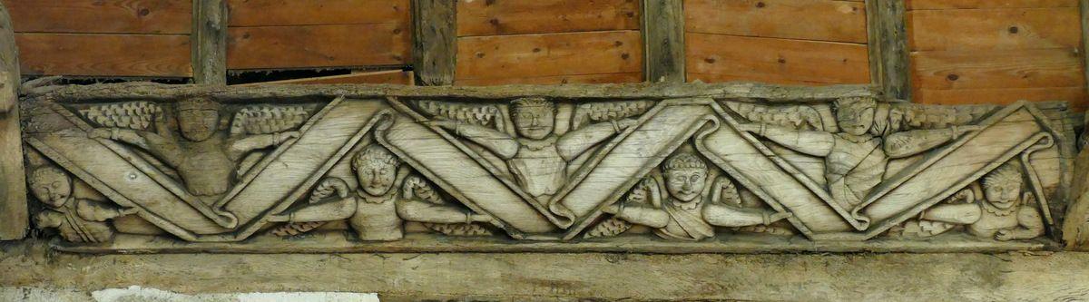 Sablière du bras sud du transept, chapelle Saint-Sébastien, Le Faouët. Photographie lavieb-aile.