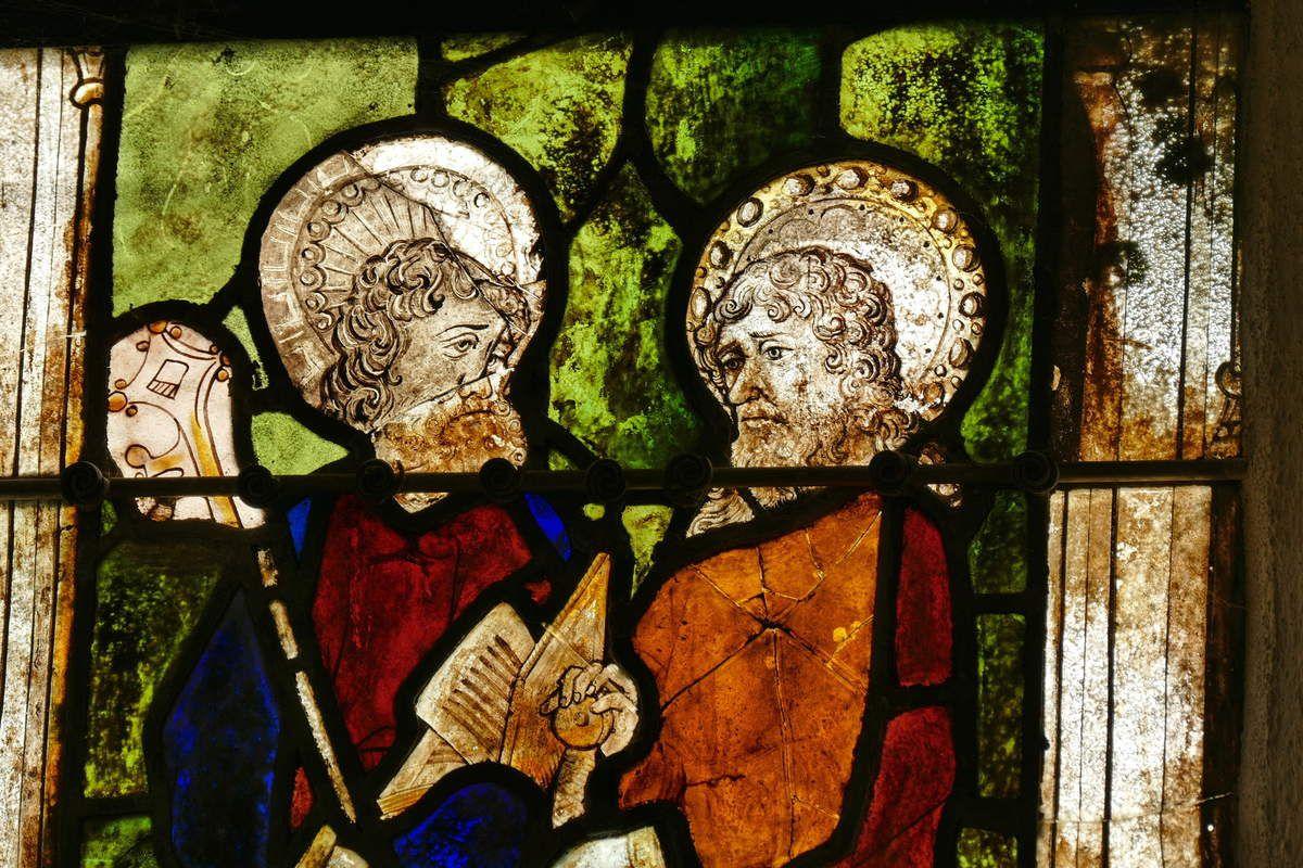 Apôtres Pierre et Paul. Arbre de Jessé, Baie 4, chapelle Saint-Fiacre, Le Faouët, photographie lavieb-aile.