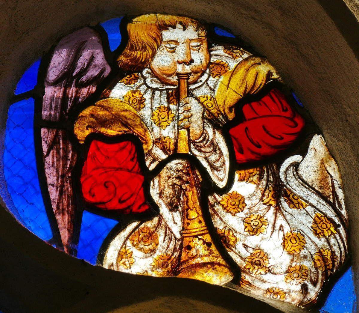 Tympan de la baie 6, chapelle Saint-Fiacre, Le Faouët. Photographie lavieb-aile.