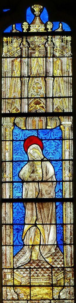 La Vierge éplorée, Baie d'axe n°100, Chœur de la cathédrale de Quimper. Photographie lavieb-aile.