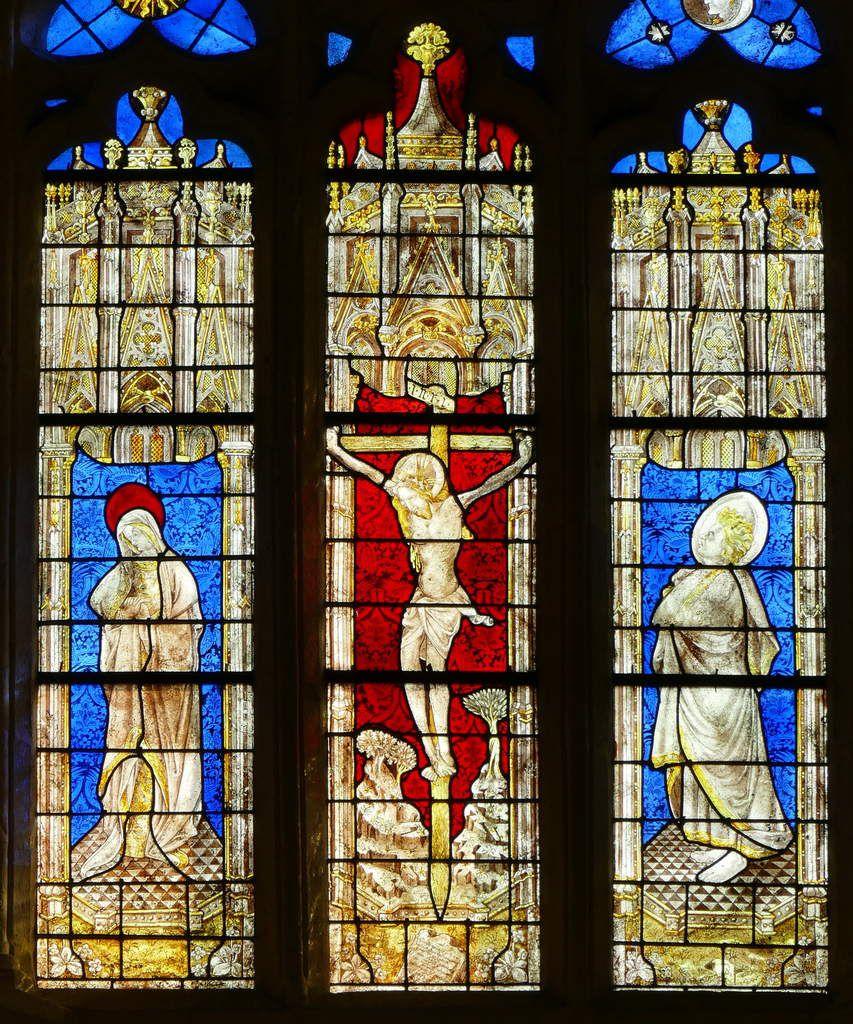 Crucifixion, Baie d'axe n°100, Chœur de la cathédrale de Quimper. Photographie lavieb-aile.