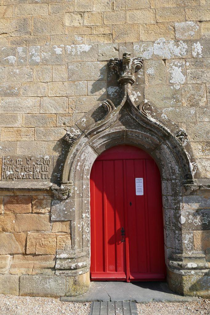 Porte ouest, chapelle Notre-Dame-de-Rocamadour, photo lavieb-aile.