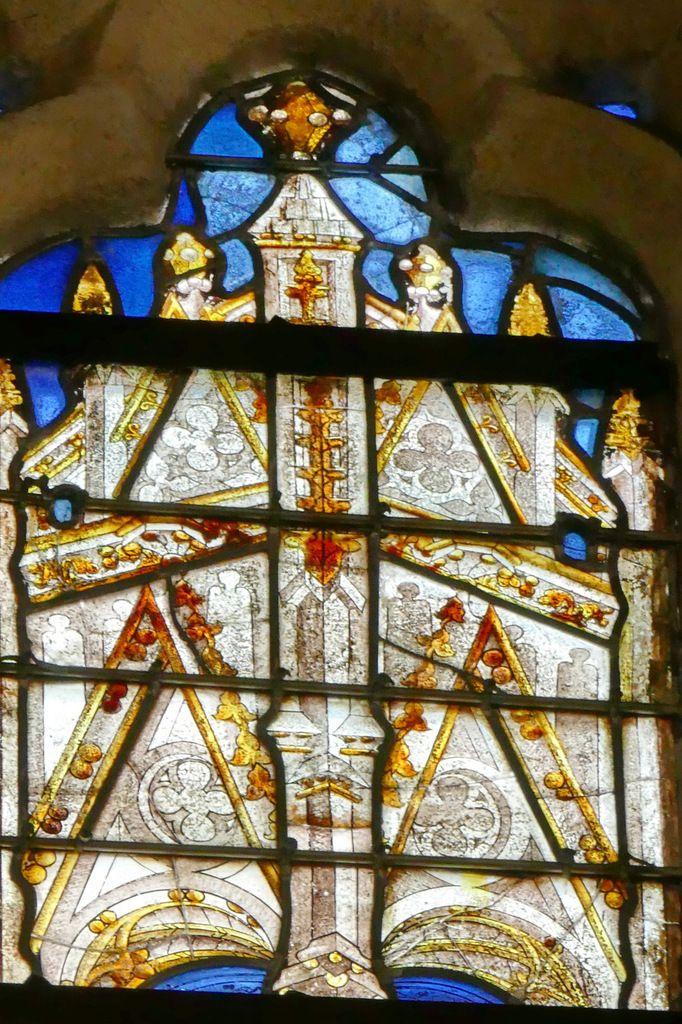Dais de la lancette A, baie n°105, chœur de la cathédrale de Quimper, photographie lavieb-aile