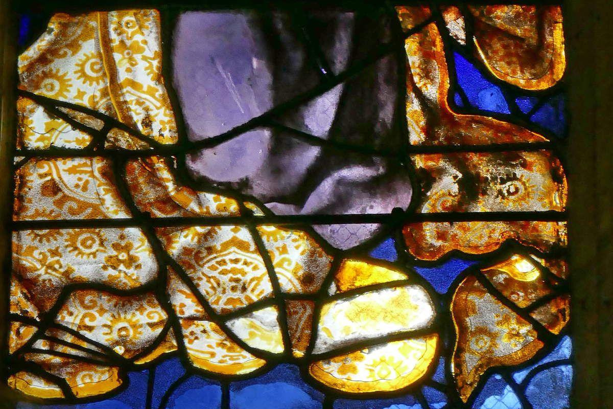 Damas de la robe de la Vierge, lancette A, registre supérieur, baie n°6 du Jugement Dernier, église Saint-Étienne de Beauvais, photographie lavieb-aile.