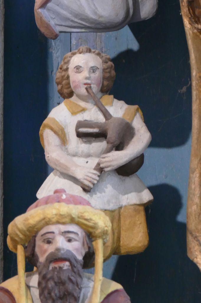 Ange sonneur, Retable de la Vierge, Notre-Dame du Crann (Spézet), photographie lavieb-aile.