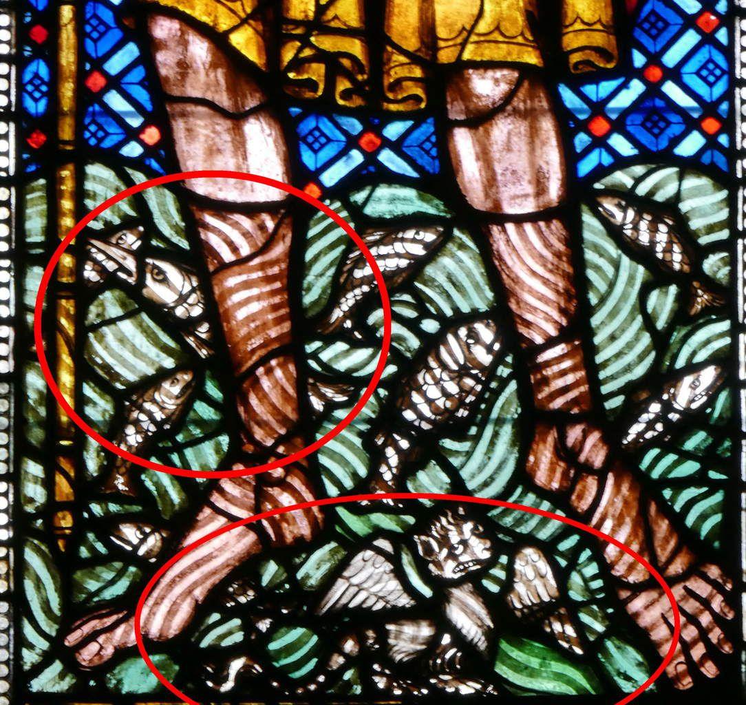 int Christophe portant le Christ,  Verrière des Cordonniers (Schuhmacherfenster), nef de la cathédrale Notre-Dame de Fribourg-en-Brisgau. (1320). Photographie lavieb-aile.