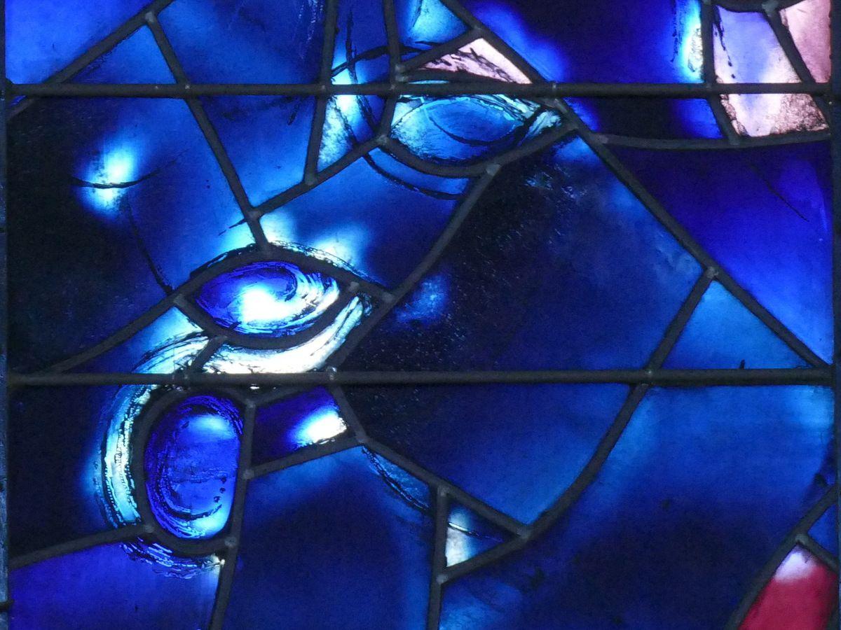 verrière de l'Arbre de Vie (1976), Marc Chagall,  chapelle des Cordeliers de Sarrebourg. Photographie lavieb-aile