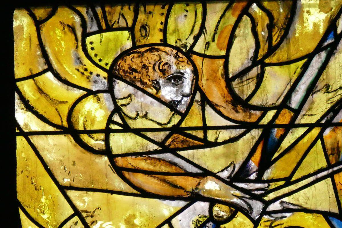 Lancette D, Marc Chagall, vitrail de La Création, 1959-1963, cathédrale de Metz. Photographie lavieb-aile.