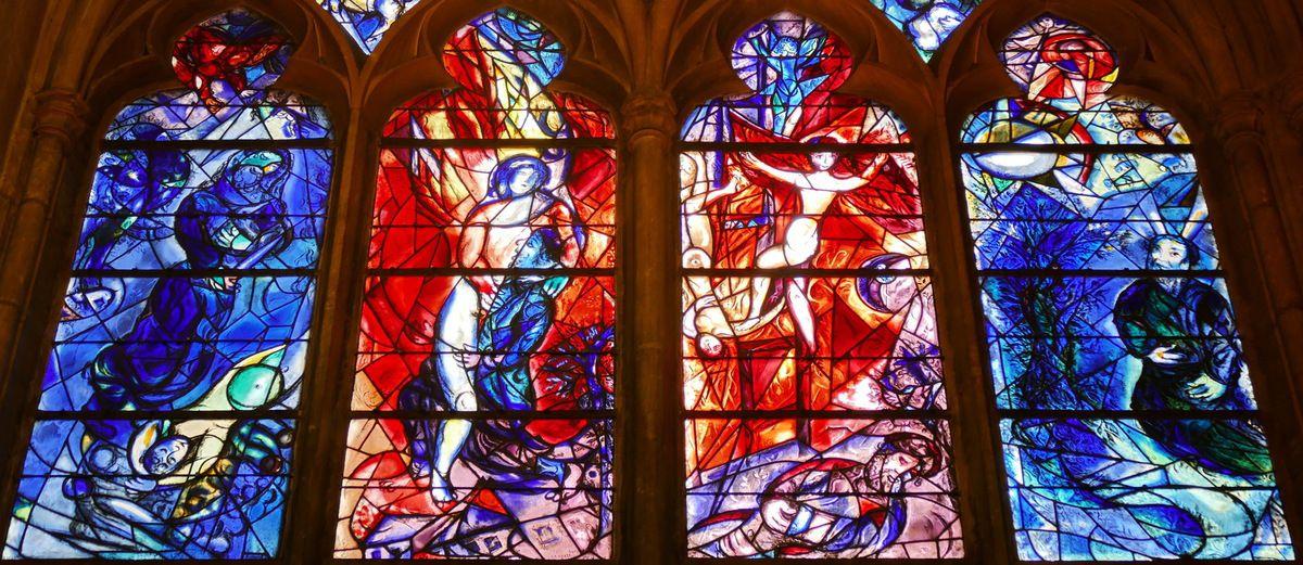 Marc Chagall, lancettes de la baie n°11, déambulatoire nord de la cathédrale de Metz, photographie lavieb-aile.