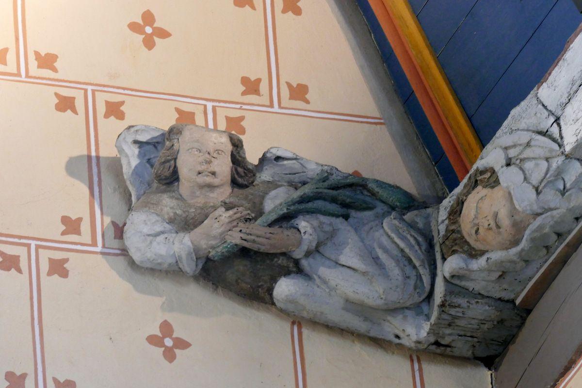 Ange portant les verges, église Saint-Suliau de Sizun, photographie lavieb-aile.