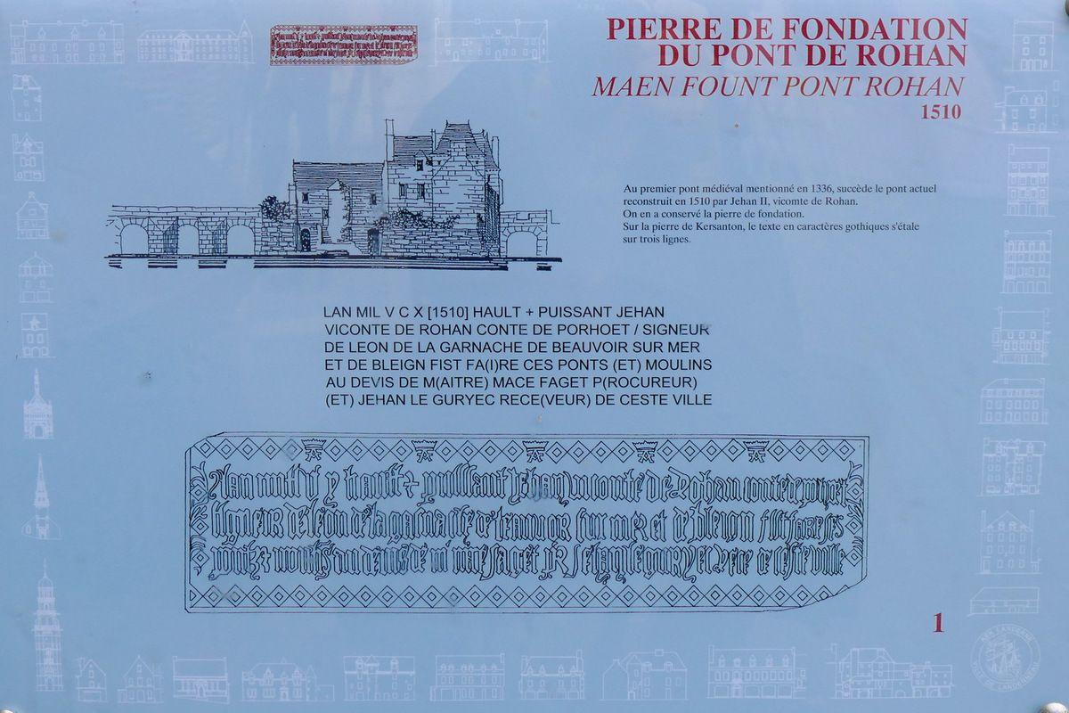 Panneau affiché sur le pont de Landerneau, photographie lavieb-aile.