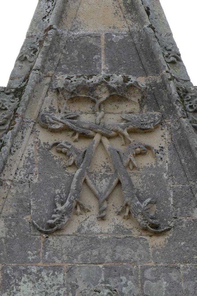 A couronné du fronton de la lucarne L5, château de Josselin .  Photographie lavieb-aile.