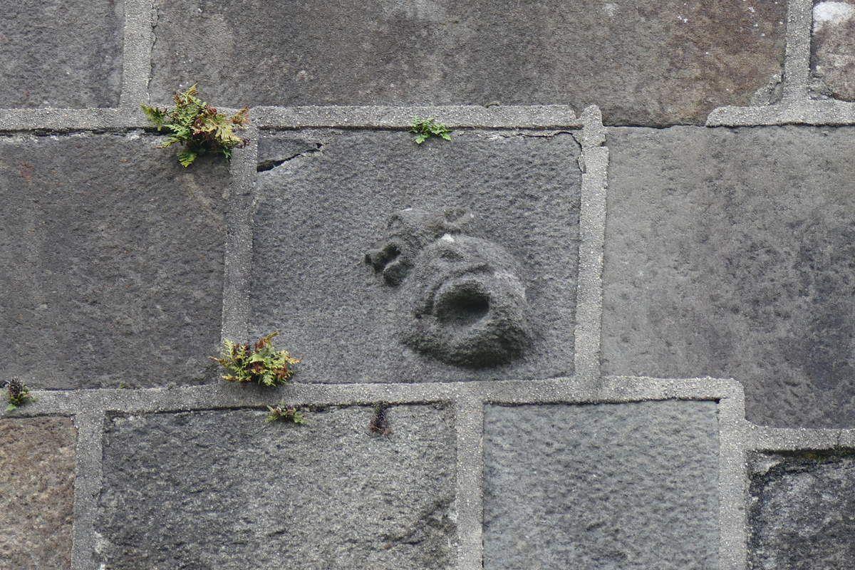pignon sud du transept, église de Rumengol, photographie lavieb-aile.