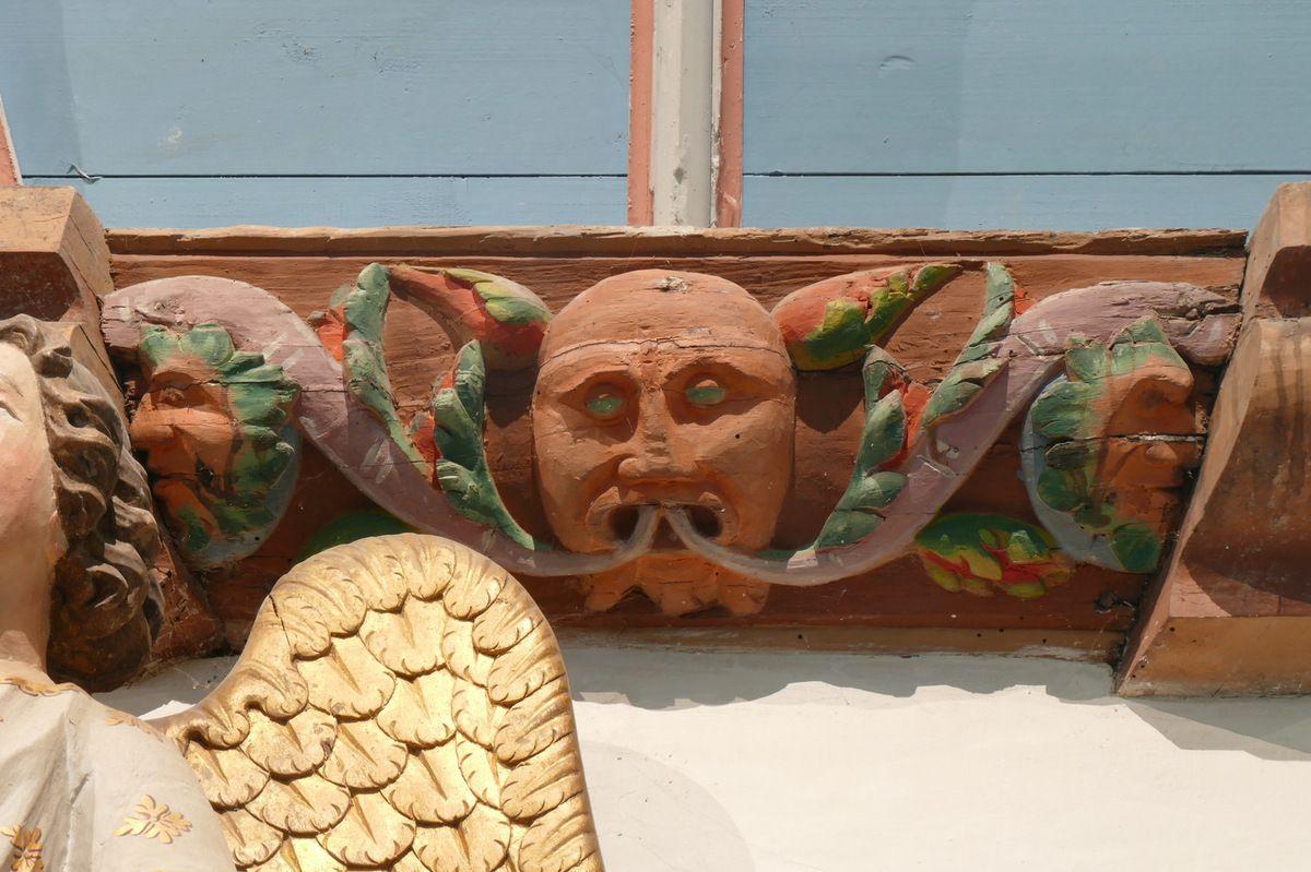 Sablière du bas-coté sud, église Saint-Thomas de Landerneau. Photographie lavieb-aile.
