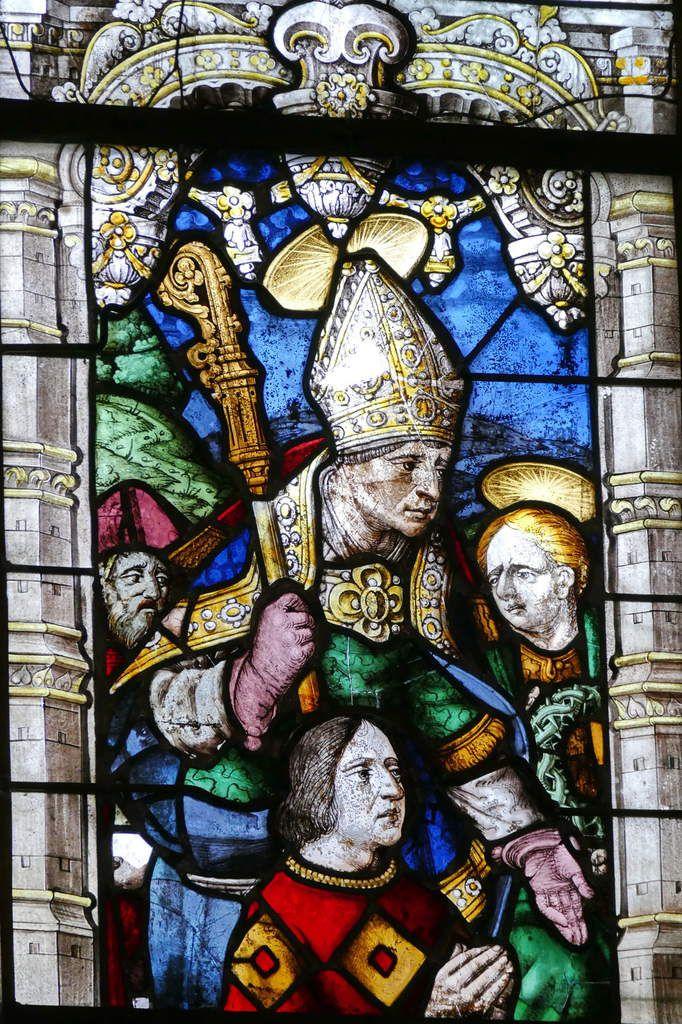 René de Rohan présenté par un saint évêque,  Baie 1, chœur de l'église Saint-Salomon de La Martyre. Photographie lavieb-aile.