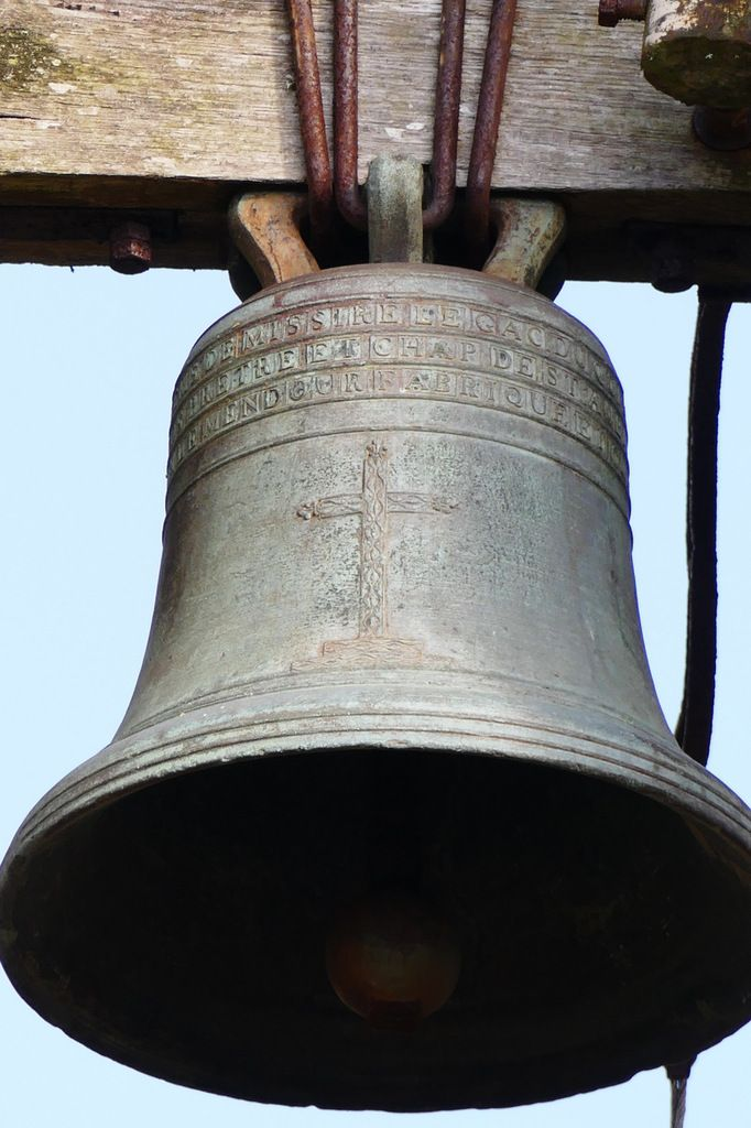 Cloche (Le Beurriée, 1782) de la chapelle Saint-Divy à Dirinon. Photographie lavieb-aile 2017.