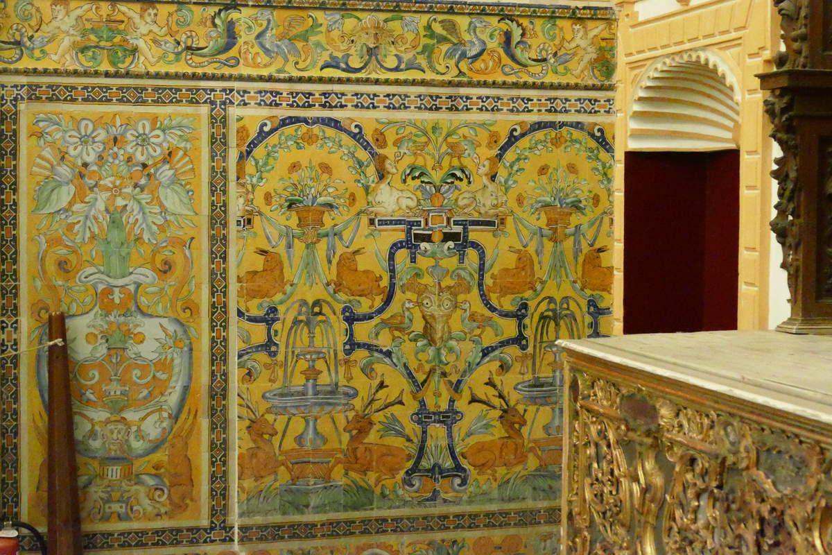 Panneau à la fontaine aux cerfs parCristobal de Augusta en 1577-1578, chapelle de l'Alcazar royal de Séville . Photographie lavieb-aile 2015.