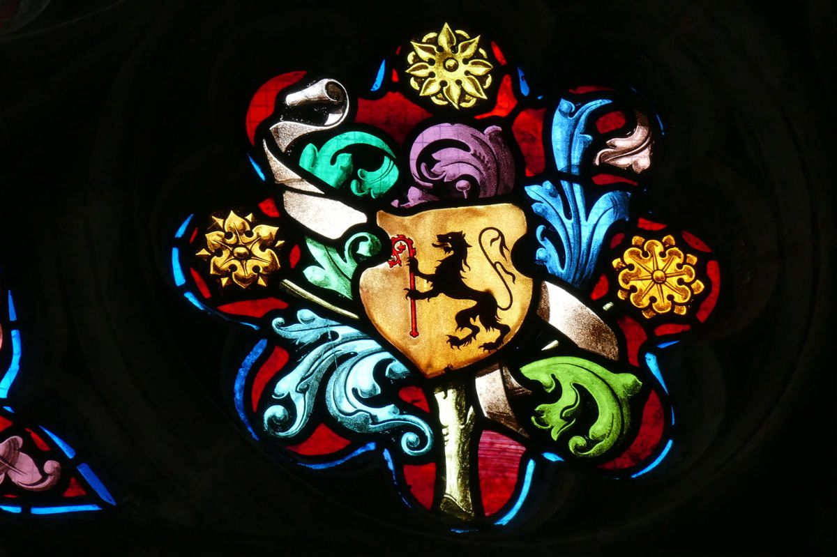 Rosace de la baie 6, Basilique du Folgoët. Photographie lavieb-aile mai 2017.