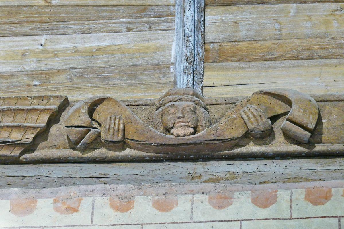 Sablière n° 6, 1529, ancienne abbatiale Notre-Dame, Daoulas. Photographie lavieb-aile juin 2017.