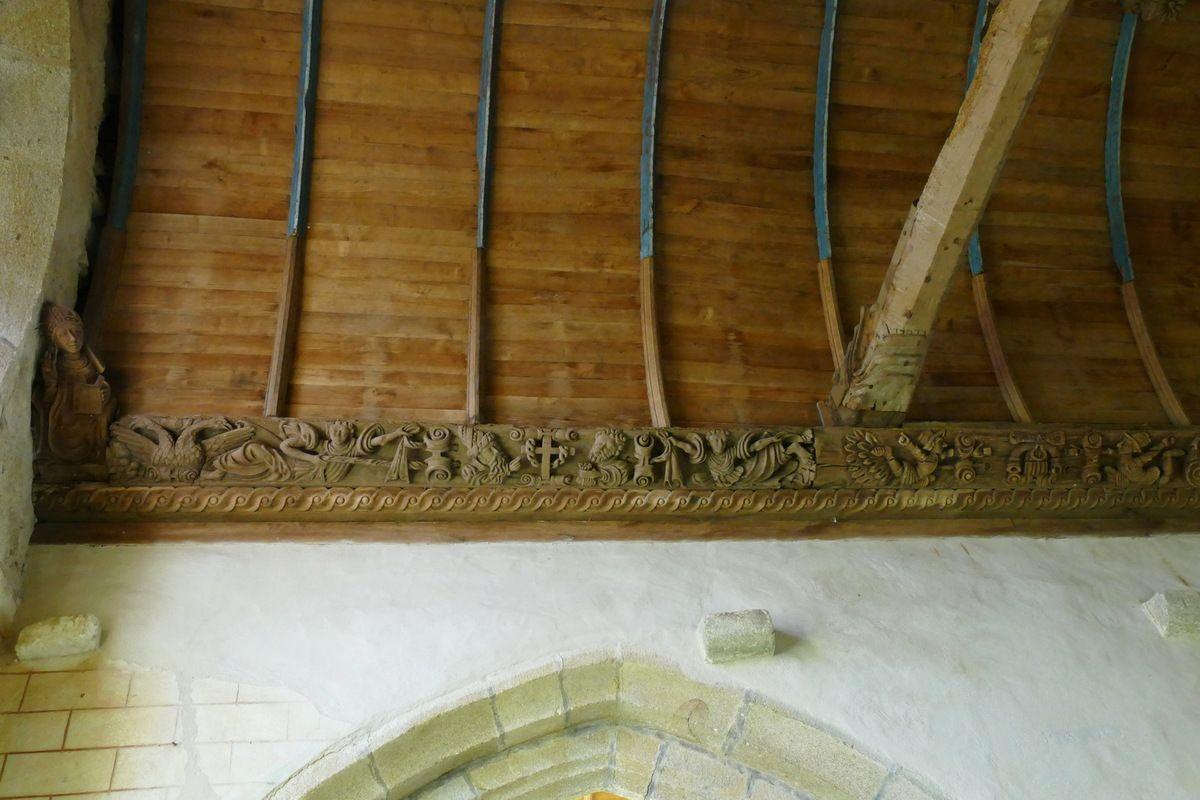 Deuxième sablière  par le Maître de Pleyben v. 1575, quatrième travée du bas-coté nord, chapelle Sainte-Marie-du-Ménez-Hom.  Photographie lavieb-aile juillet 2017.