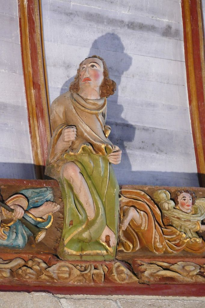Coté oriental du bras sud du transept, église Saint-Germain de Pleyben. Photographie lavieb-aile 2017.