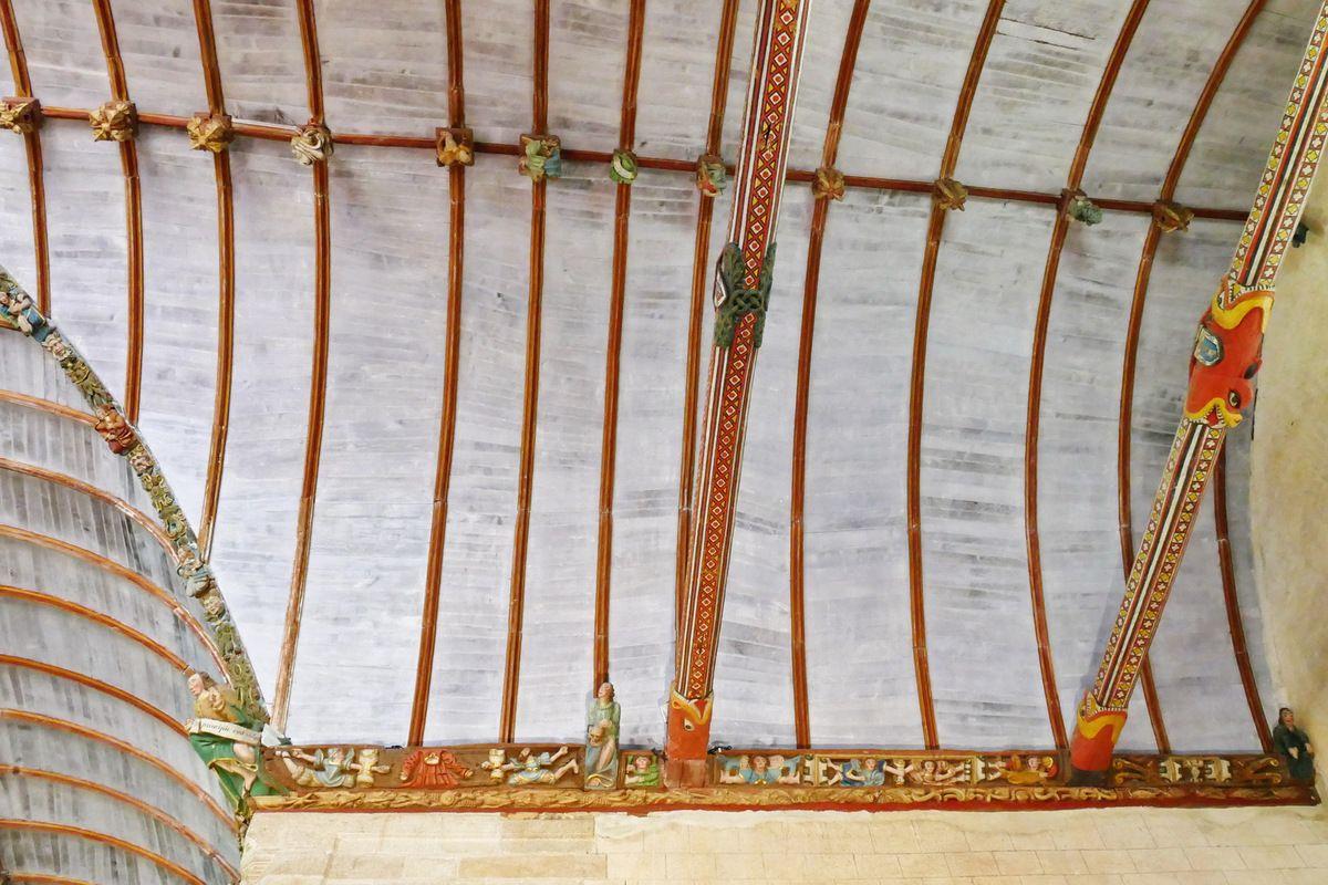 Le coté occidental du transept nord, église Saint-Germain de Pleyben. Photographie lavieb-aile juillet 2017.