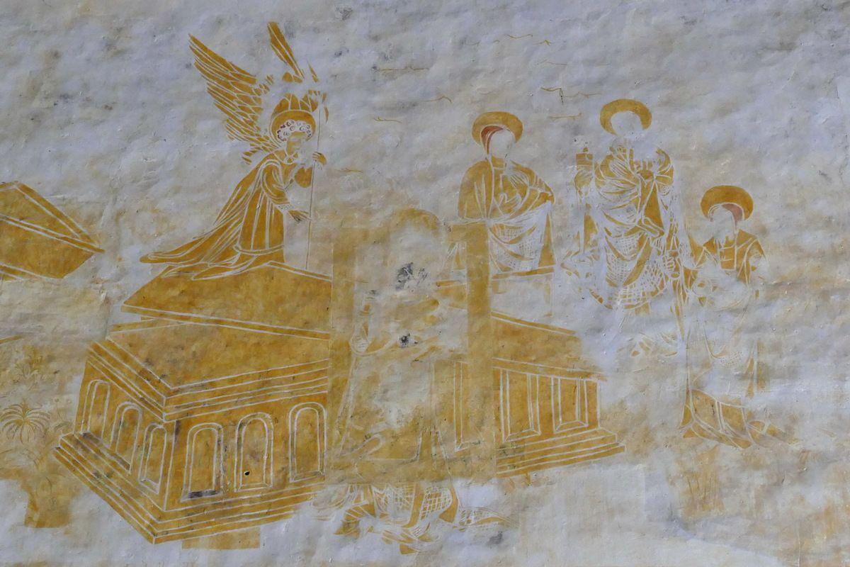 Les Saintes Femmes face au Tombeau vide, coté sud de la nef, peintures murales de la chapelle Saint-Jacques à Saint-Léon, Merléac. Photographie lavieb-aile septembre 2017.