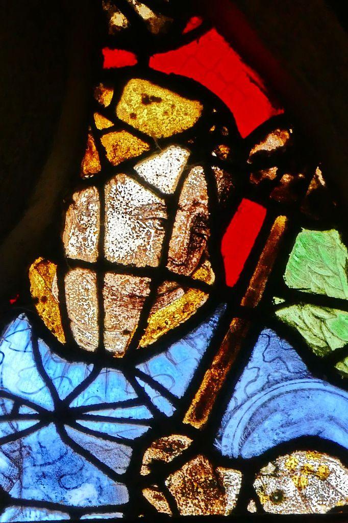 Tympan de la maîtresse-vitre ou baie 0, vers 1550, de l'église de Guengat. Photographie lavieb-aile juillet 2017..