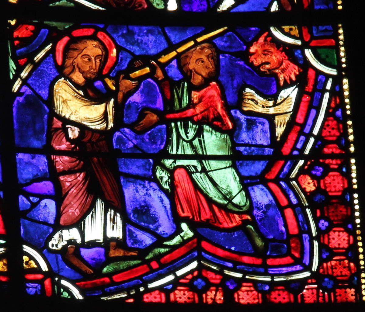 14.La remise du bâton  à Hermogène par saint Jacques (vers 1210-1215), verrière de la Vie de saint Jacques de la cathédrale de Bourges. Photographie lavieb-aile 2016.