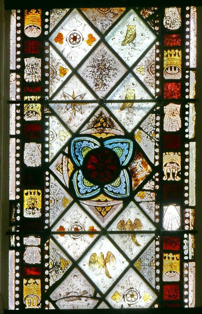Lancette A de la partie inférieure de la maîtresse-vitre de  la chapelle Saint-Jacques de Merléac. Photographie lavieb-aile septembre 2017.