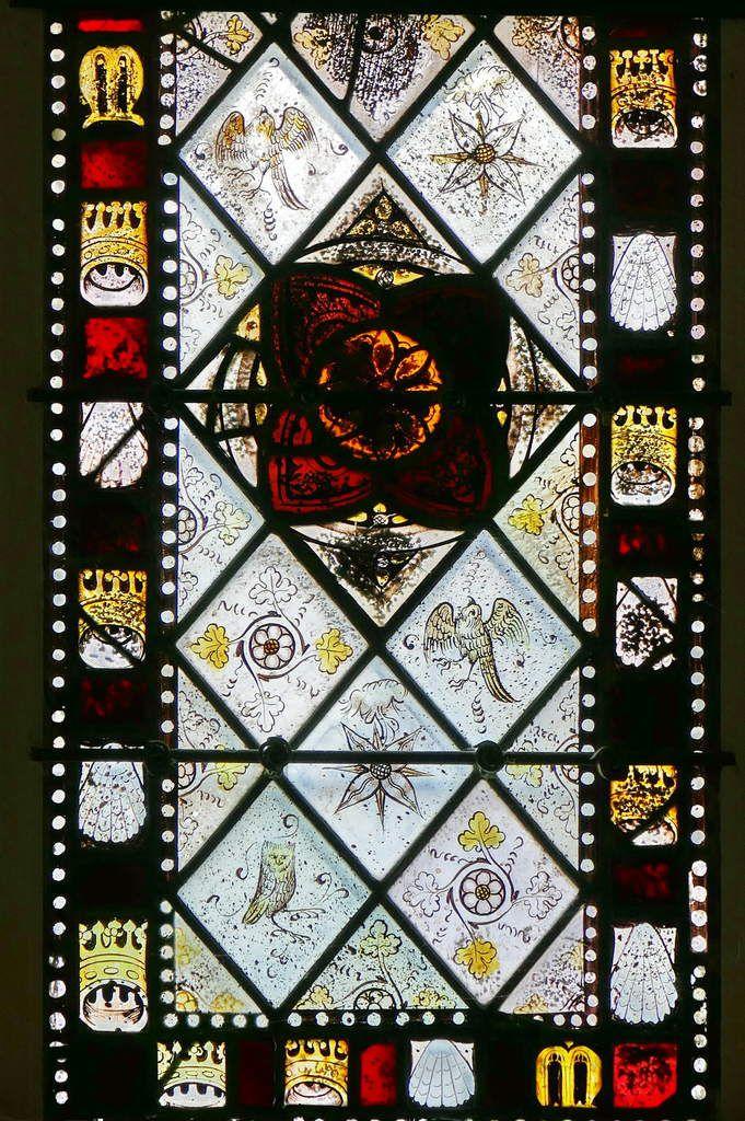 Lancette C de la partie inférieure de la maîtresse-vitre de  la chapelle Saint-Jacques de Merléac. Photographie lavieb-aile septembre 2017.