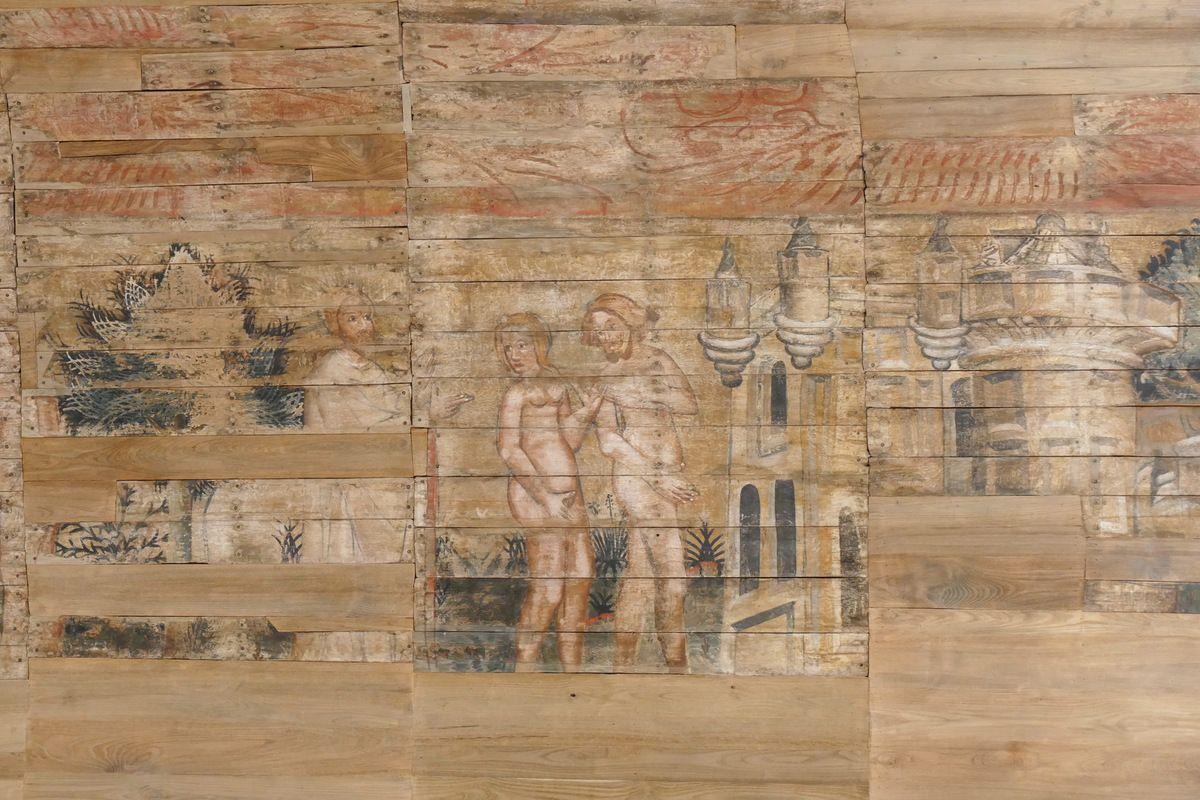 Adam et Ève chassés de l'Eden, moitié sud du lambris de couvrement de la chapelle Saint-Jacques à Merléac. Photographie lavieb-aile octobre 2017.