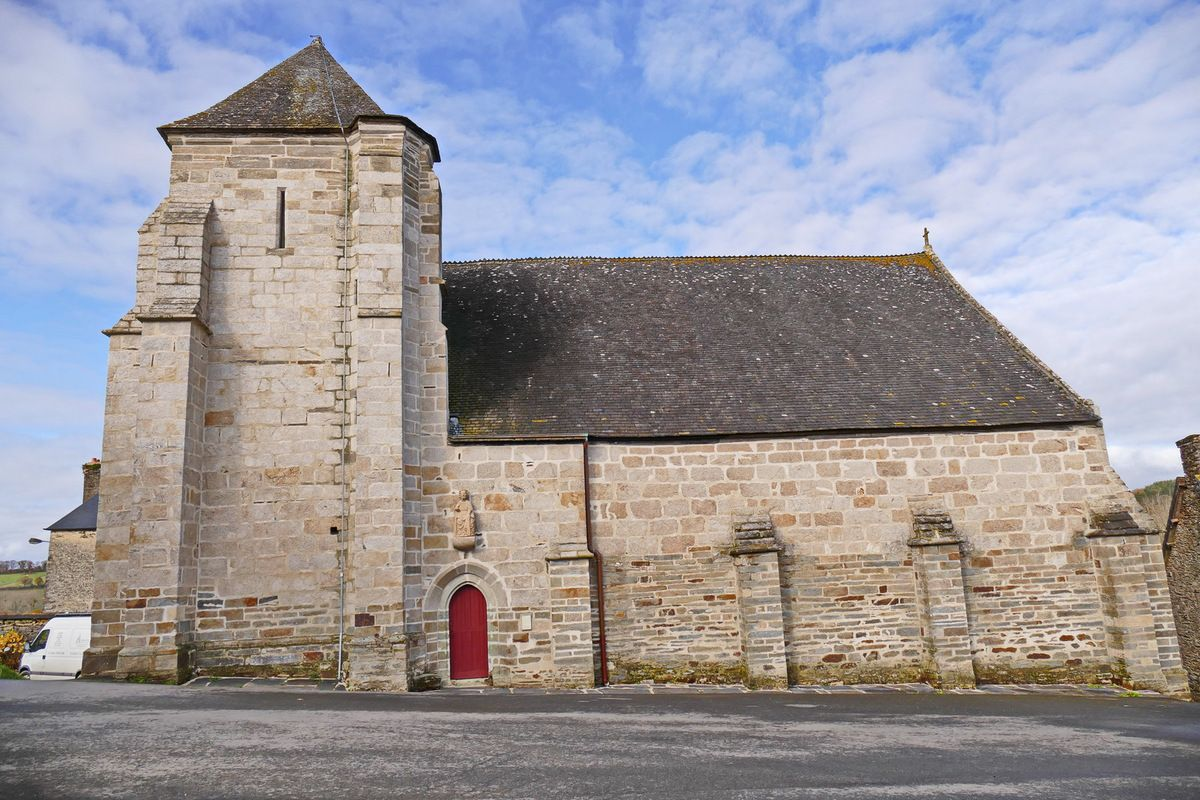 Vue sud de la chapelle Saint-Jacques à Merléac. Photographie lavieb-aile novembre 2017.