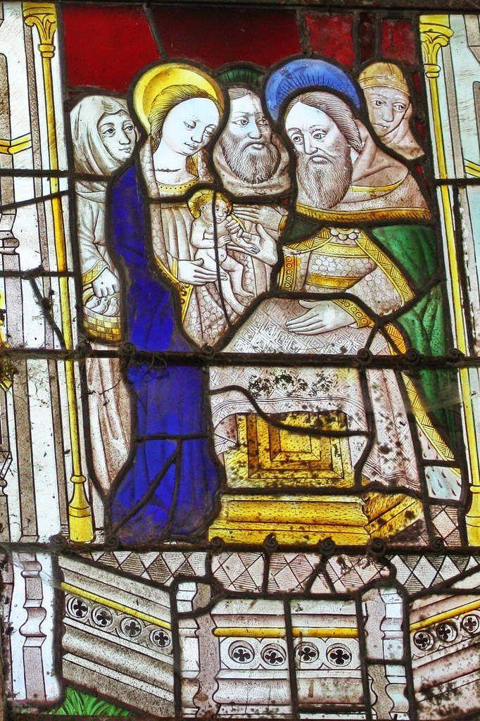 Présentation de Jésus au temple, verrière de la Vie de la Vierge (1480-1490), baie 0, chapelle Notre-Dame de Kerfons. Photographie lavieb-aile 2012.