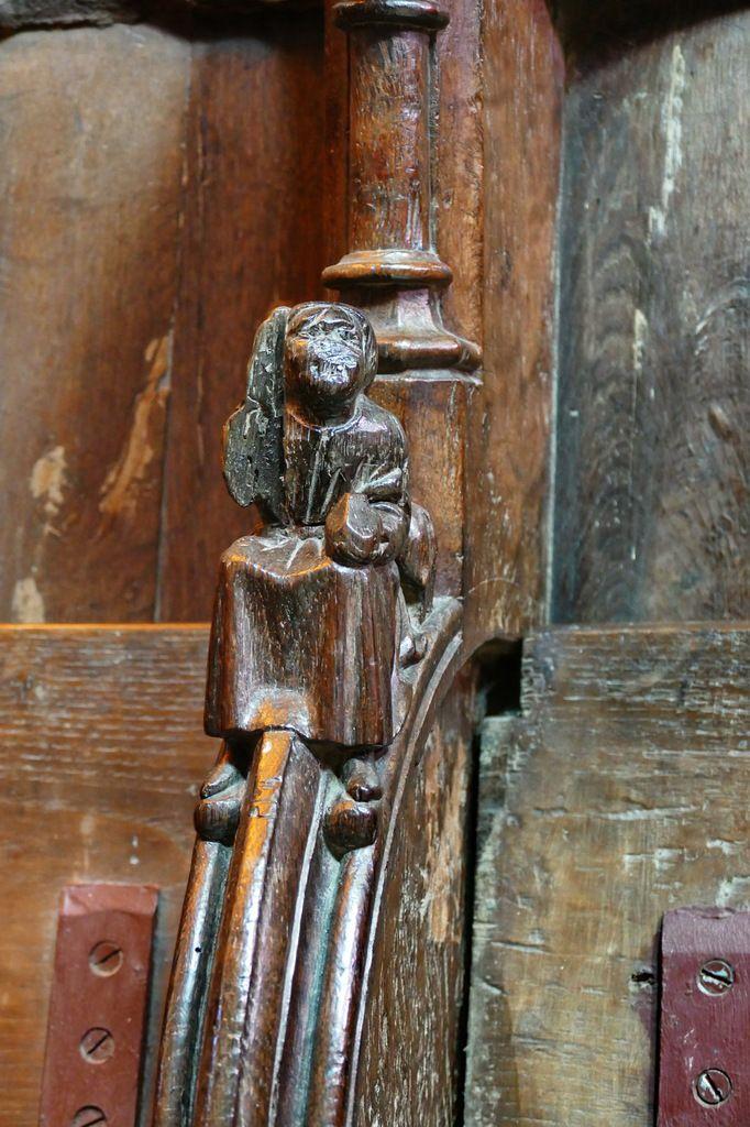 Stalles basses de l'ancienne cathédrale de Saint-Pol-de-Léon. Photographie lavieb-aile juillet 2017.