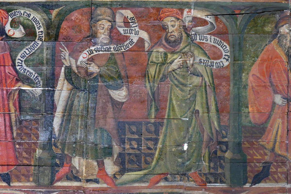 Lambris peints (1430-1470) du coté droit du chœur de la chapelle Notre-Dame-du-Tertre à Châtelaudren. Photographie lavieb-aile septembre 2017.