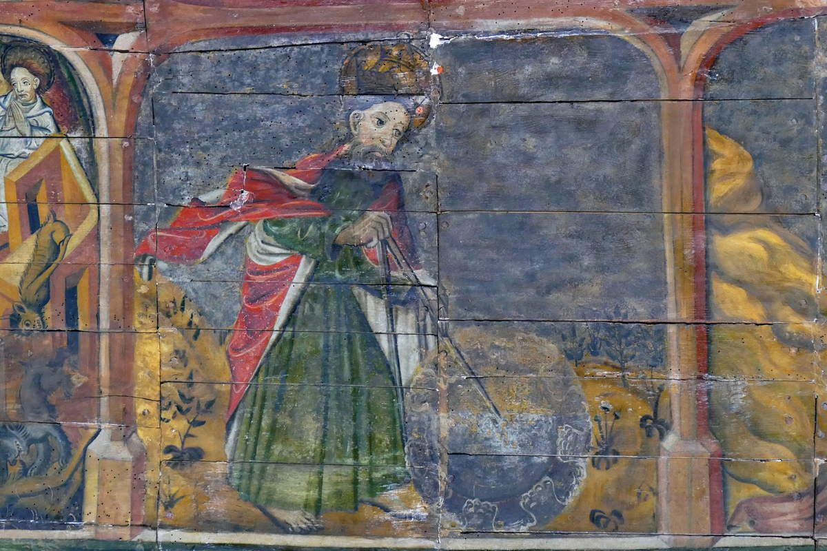 Cliquez : lambris peints (1430-1470) du coté droit du chœur de la chapelle Notre-Dame-du-Tertre. Photographie lavieb-aile septembre 2017.