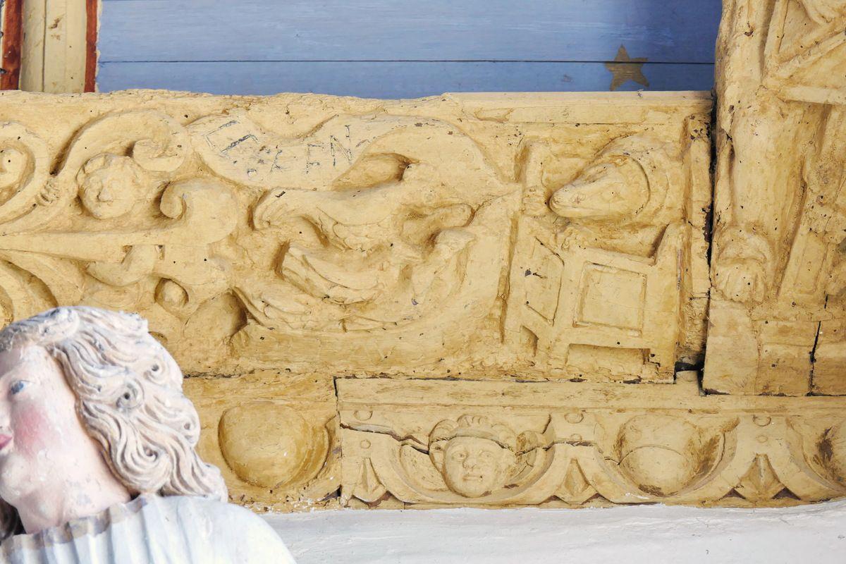 Renart prêchant les poules, Sablière Sb2,  charpente sculptée du bas-coté sud de l'église de Bodilis. Photographie lavieb-aile août 2017.
