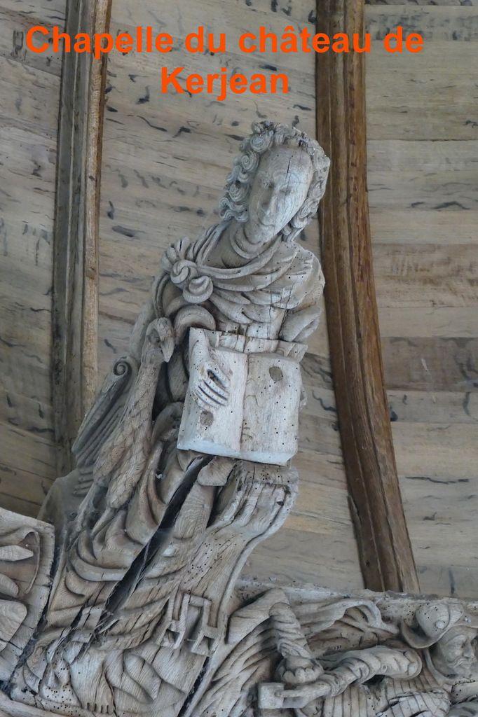 Saint Jean évangéliste, chapelle du château de Kerjean. Photographie lavieb-aile avril 2018.