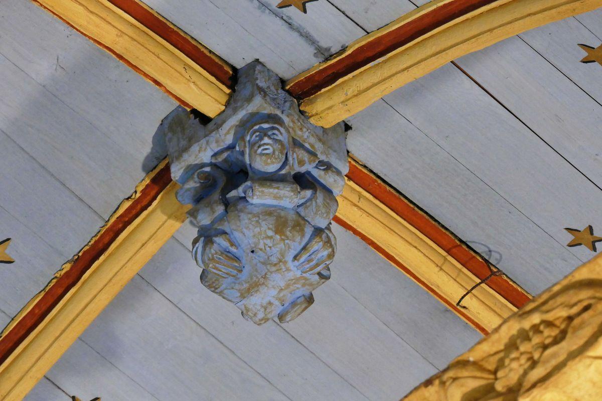 Poinçon de la charpente de l'église de Bodilis. Photographie lavieb-aile avril 2018.
