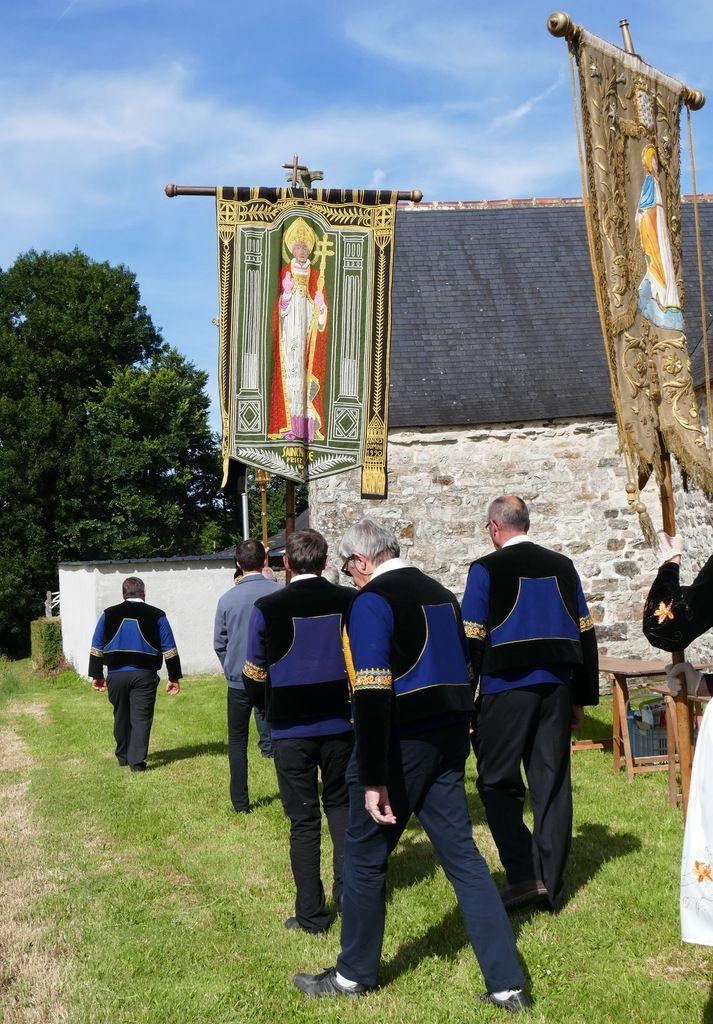 Le Pardon de la chapelle Saint-Jean à Saint-Nic. Photographie lavieb-aile 23 juin 2018.